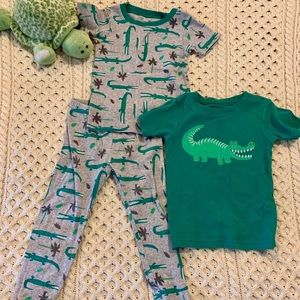 3t toddler pj's, technically boys but I say gn